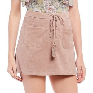 cupcakes & cashmere Skirts - Cupcakes & Cashmere Suede Blush Skort